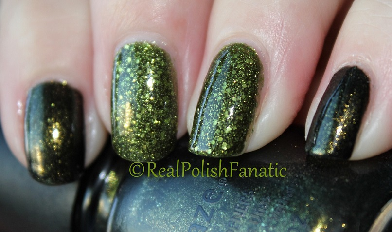 China Glaze It's Alive & China Glaze Cast A Spell (1)