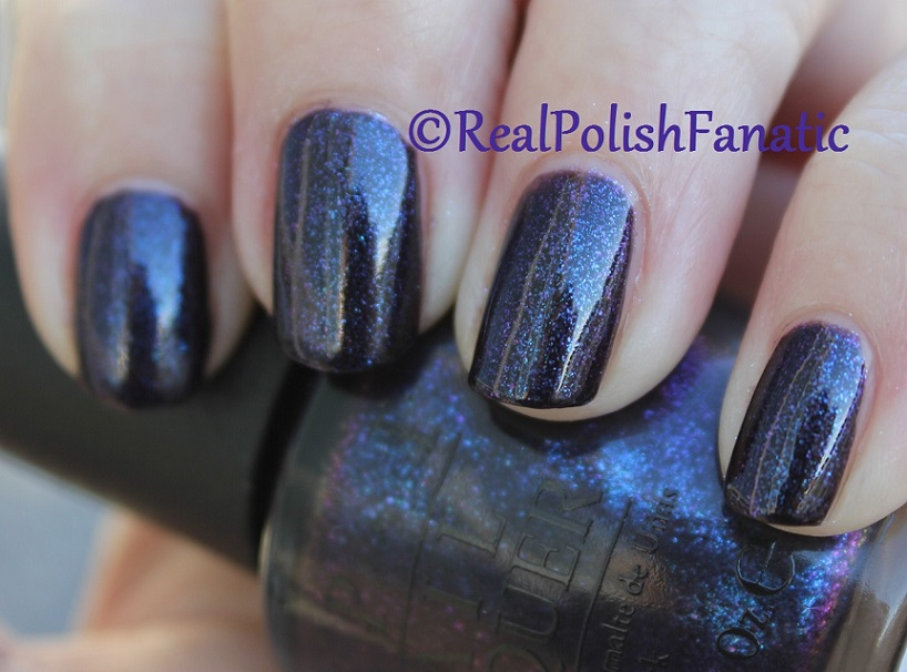 OPI Cosmo With A Twist - Holiday 2015 Starlight Collection (12)