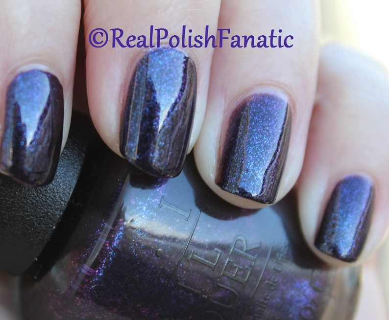 OPI Cosmo With A Twist - Holiday 2015 Starlight Collection (13)