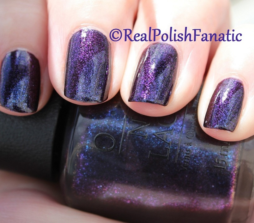 OPI Cosmo With A Twist - Holiday 2015 Starlight Collection (18)