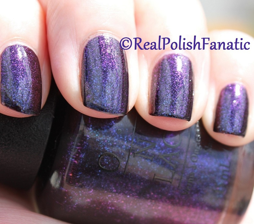 OPI Cosmo With A Twist - Holiday 2015 Starlight Collection (19)