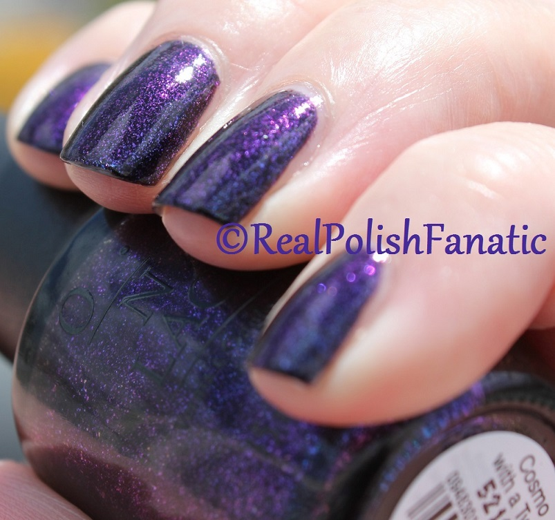 OPI Cosmo With A Twist - Holiday 2015 Starlight Collection (20)