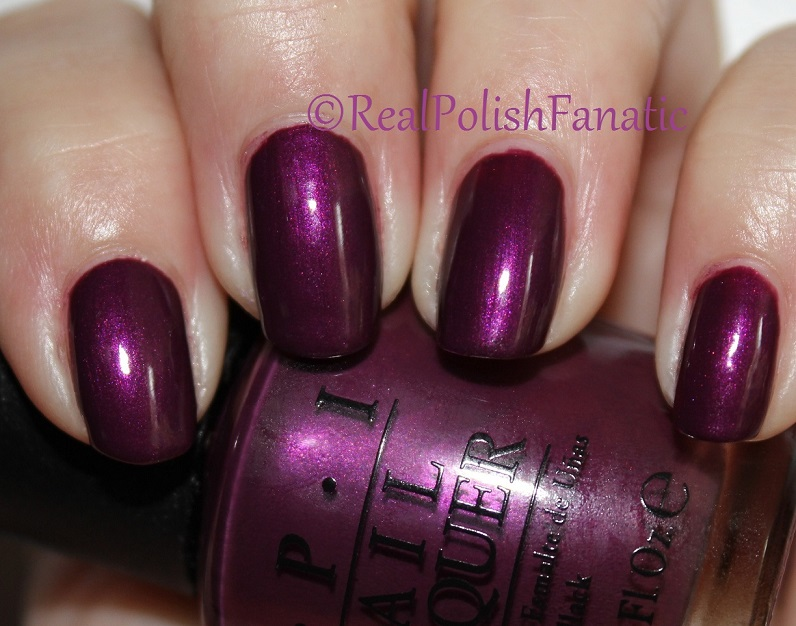 OPI Starlight Collection Holiday 2015 – I_m in the Moon for Love (6)