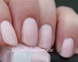 Quo by Orly - Unnamed Mini (Off White) & LA Splash - Princess Pink