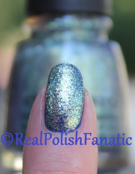 China Glaze - Combat Blue-Ts & Holo At Ya Girl // Fall 2016 Rebel Collection