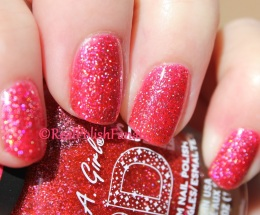L.A. Girl - Dazzling Pink // 3D Effects Hologram Nail Polish