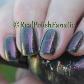 Blackheart Beauty - Oil Slick Iridescent