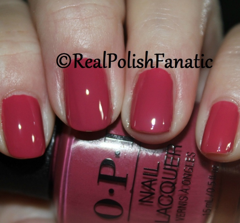OPI Aurora Berry-alis - 1 coat