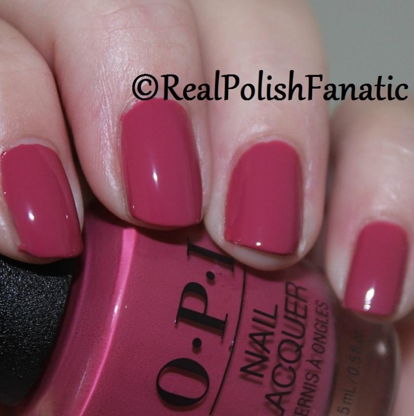5. OPI Aurora Berry-alis (2)