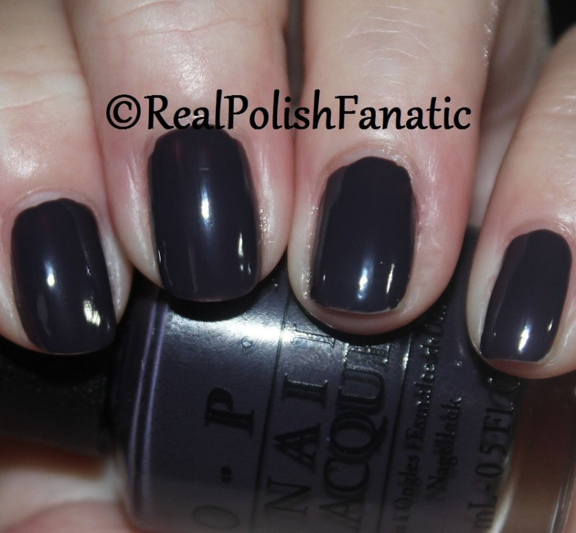 OPI Suzi & The Arctic Fox - 1 coat