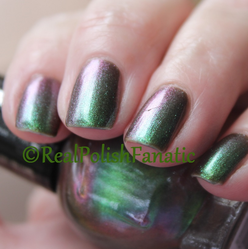 Blackheart Beauty Green AB Iridescent