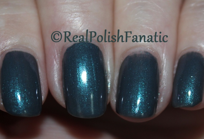Blackheart Beauty Grey Iridescent
