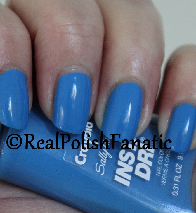 Sally Hansen - Cerulean -- Summer 2017 Crayola Collection (3)
