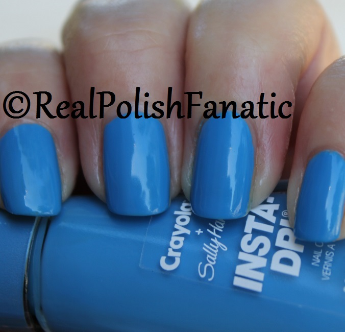 Sally Hansen - Cerulean -- Summer 2017 Crayola Collection (7)