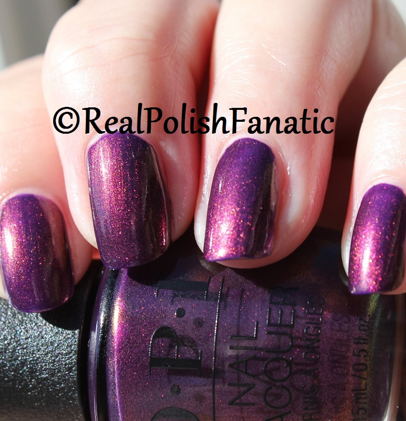 OPI Feel the Chemis-tree - XOXO Collection Holiday 2017 (11)