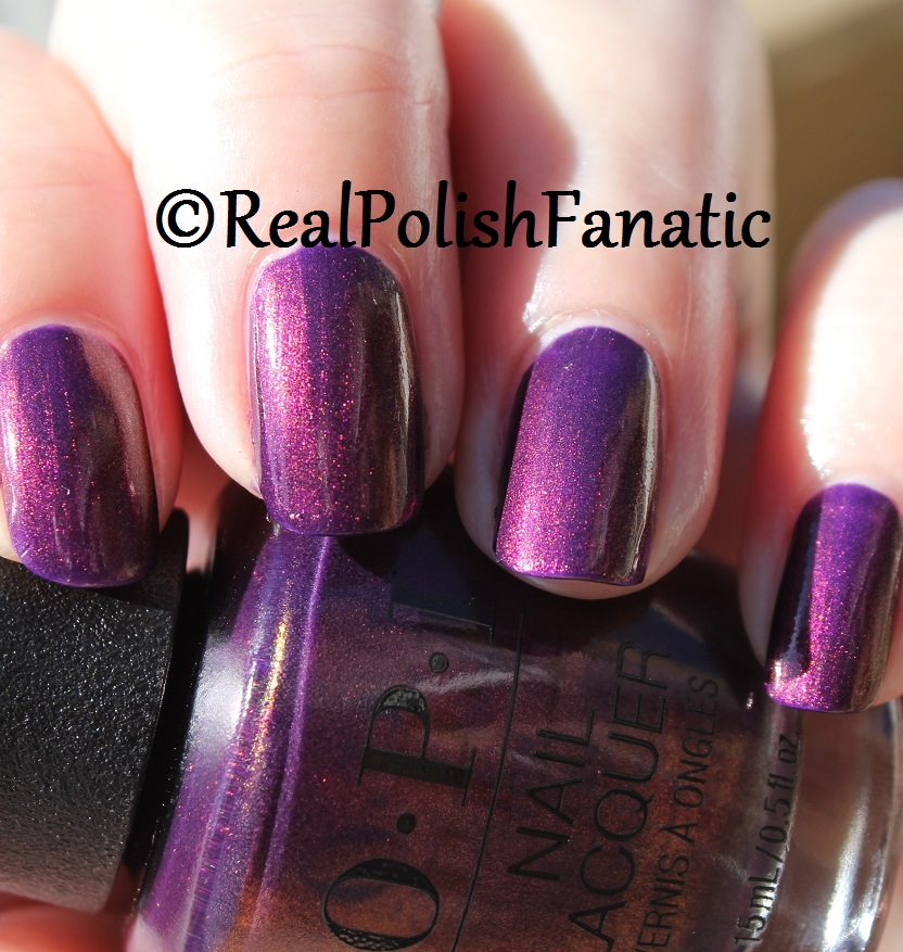 OPI Feel the Chemis-tree - XOXO Collection Holiday 2017 (12)