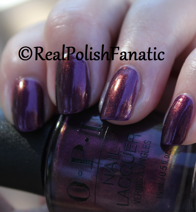 OPI Feel the Chemis-tree - XOXO Collection Holiday 2017 (13)