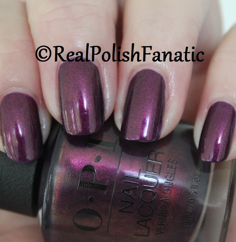 OPI Feel the Chemis-tree - XOXO Collection Holiday 2017 (6)