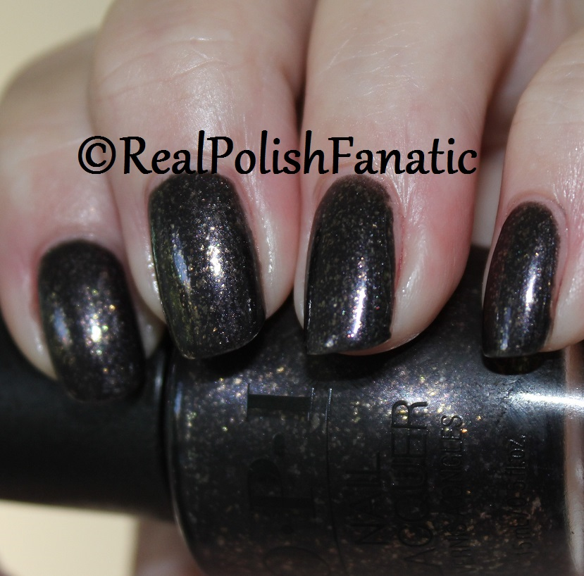 OPI Top The Package With A Beau - XOXO Collection Holiday 2017 (100)
