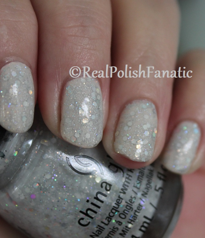 China Glaze _ Don't Be A Snow-flake -- Holiday 2017 The Glam Finale Collection (10)
