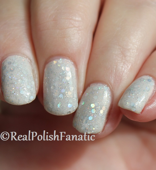 China Glaze _ Don't Be A Snow-flake -- Holiday 2017 The Glam Finale Collection (26)
