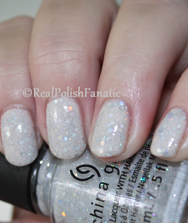 China Glaze _ Don't Be A Snow-flake -- Holiday 2017 The Glam Finale Collection (4)