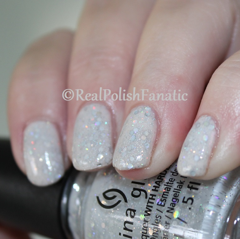 China Glaze _ Don't Be A Snow-flake -- Holiday 2017 The Glam Finale Collection (5)