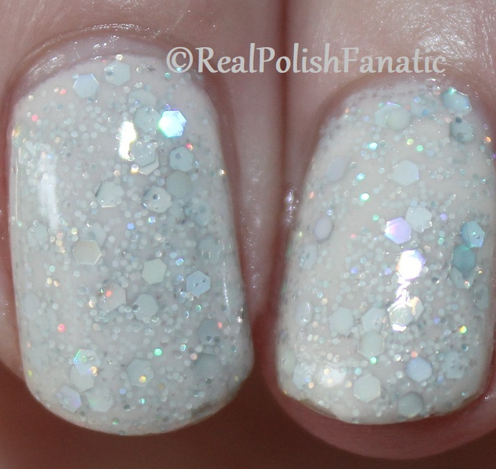 China Glaze _ Don't Be A Snow-flake -- Holiday 2017 The Glam Finale Collection (7)