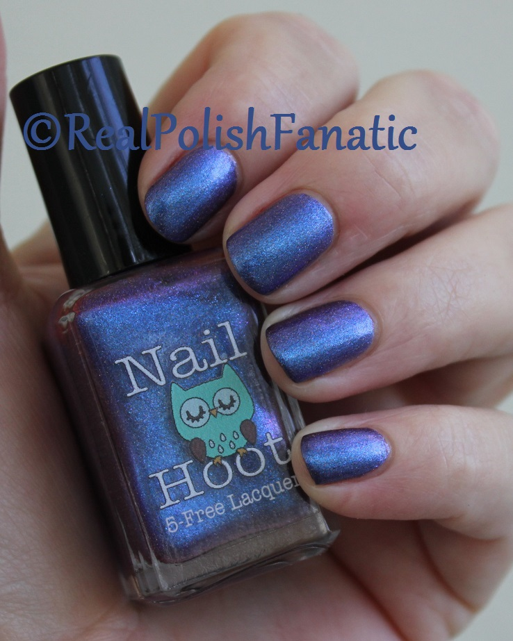 Nail Hoot Lacquer - O Holy Night (10)