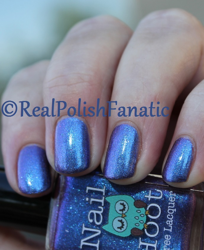 Nail Hoot Lacquer - O Holy Night (12)