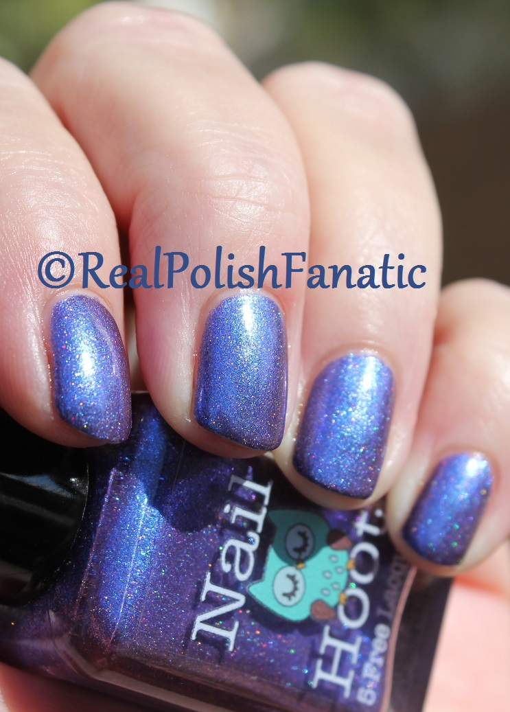 Nail Hoot Lacquer - O Holy Night (19)
