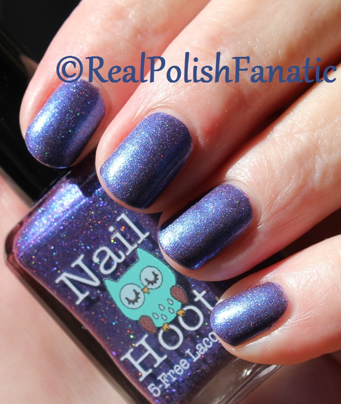 Nail Hoot Lacquer - O Holy Night (21)