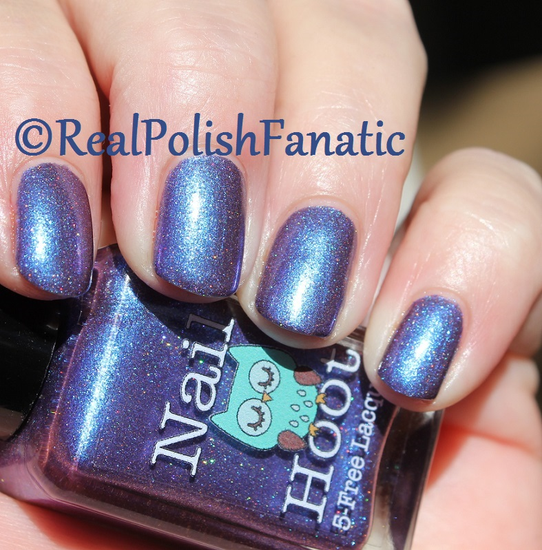 Nail Hoot Lacquer - O Holy Night (22)