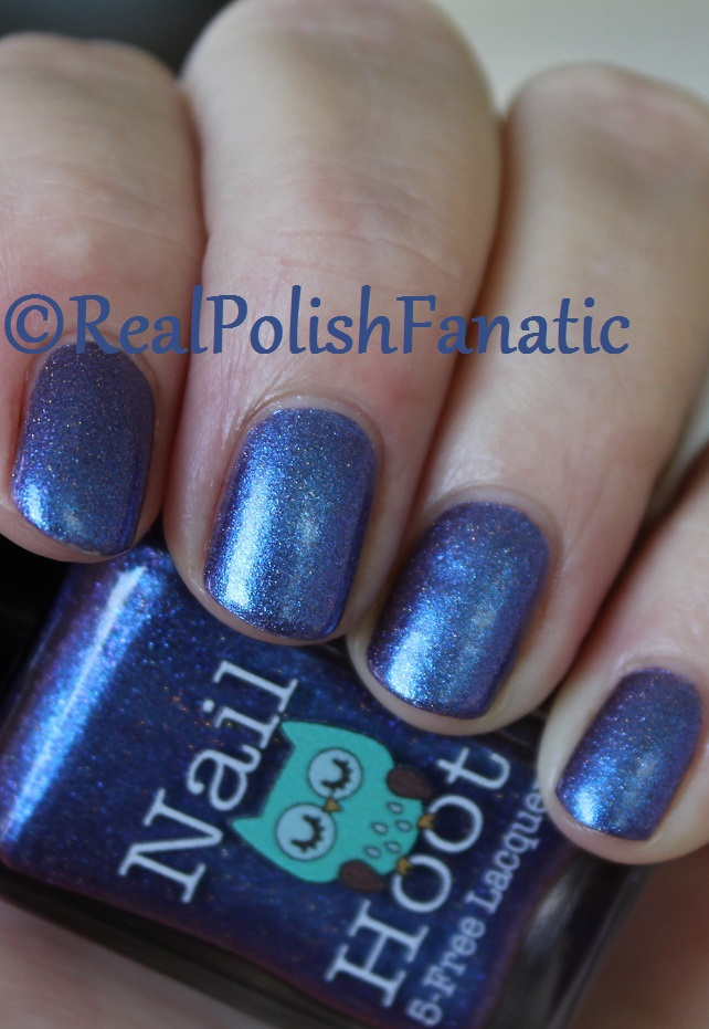 Nail Hoot Lacquer - O Holy Night (33)