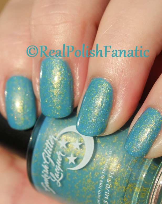 Geekish Glitter Lacquer - Keep Warm With Vault-tec! -- Bethesda Collab box with Bees Knees Lacquer (27)