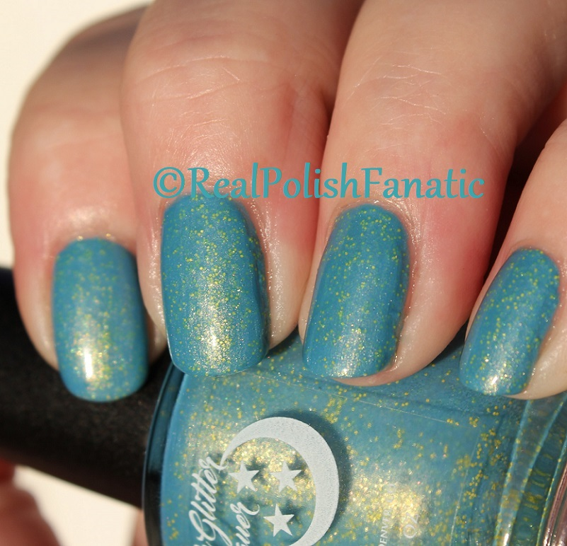Geekish Glitter Lacquer - Keep Warm With Vault-tec! -- Bethesda Collab box with Bees Knees Lacquer (36)