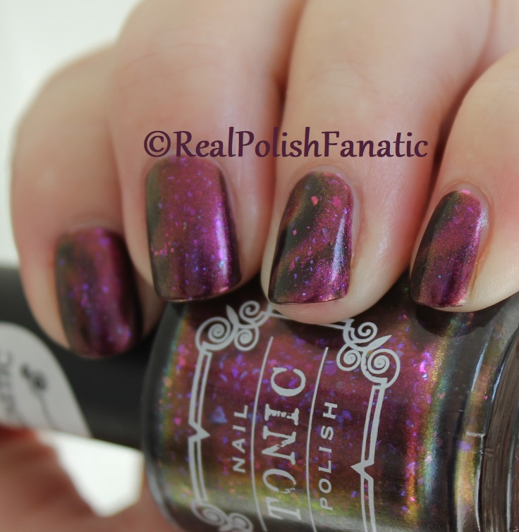 Tonic Polish - Zeppo - Multichrome Madness Exclusive Dec 2017 (14)