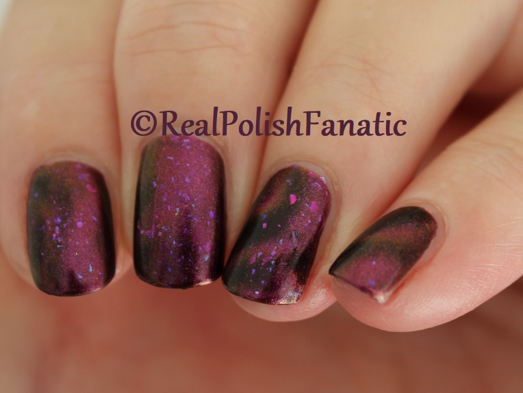 Tonic Polish - Zeppo - Multichrome Madness Exclusive Dec 2017 (16)