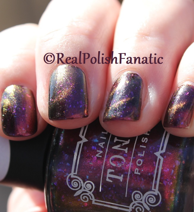 Tonic Polish - Zeppo - Multichrome Madness Exclusive Dec 2017 (36)