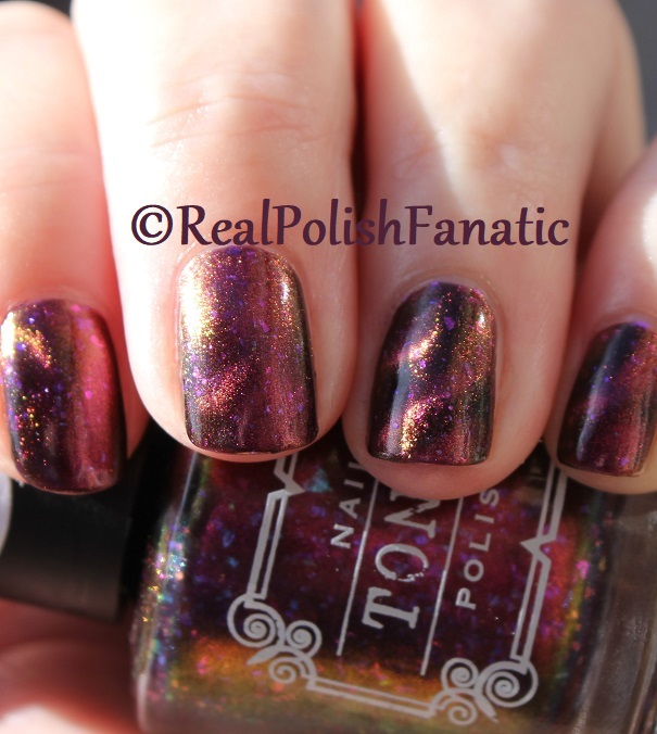 Tonic Polish - Zeppo - Multichrome Madness Exclusive Dec 2017 (38)
