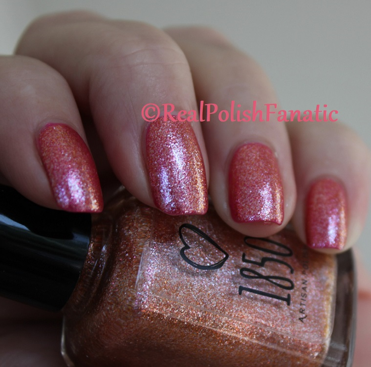 1850 Artisan Polish - Santa Monica Pier over Shleee Polish - Kiss Cam (14)