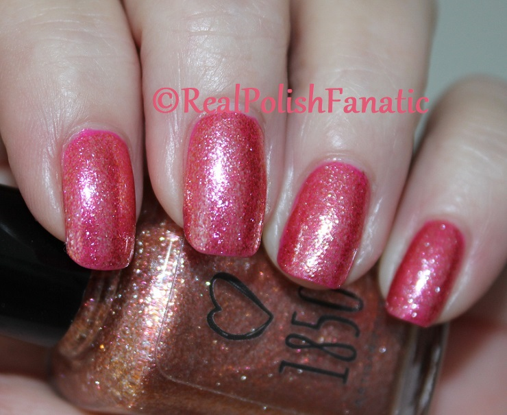 1850 Artisan Polish - Santa Monica Pier over Shleee Polish - Kiss Cam (4)