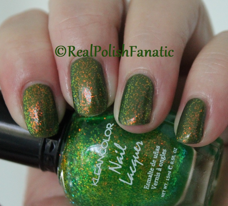 Bees Knees Lacquer Malacath and Kleancolor Chunky Holo Clover (5)