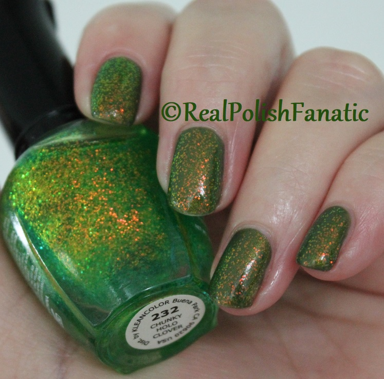 Bees Knees Lacquer Malacath and Kleancolor Chunky Holo Clover (7)