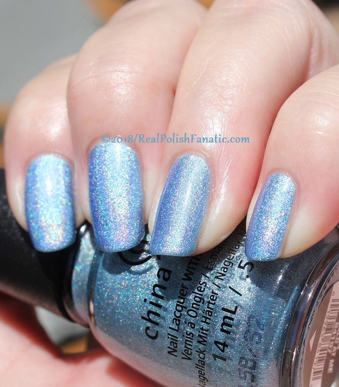China Glaze - Ma-Holo At Me -- Summer 2018 Shades of Paradise Collection (16)