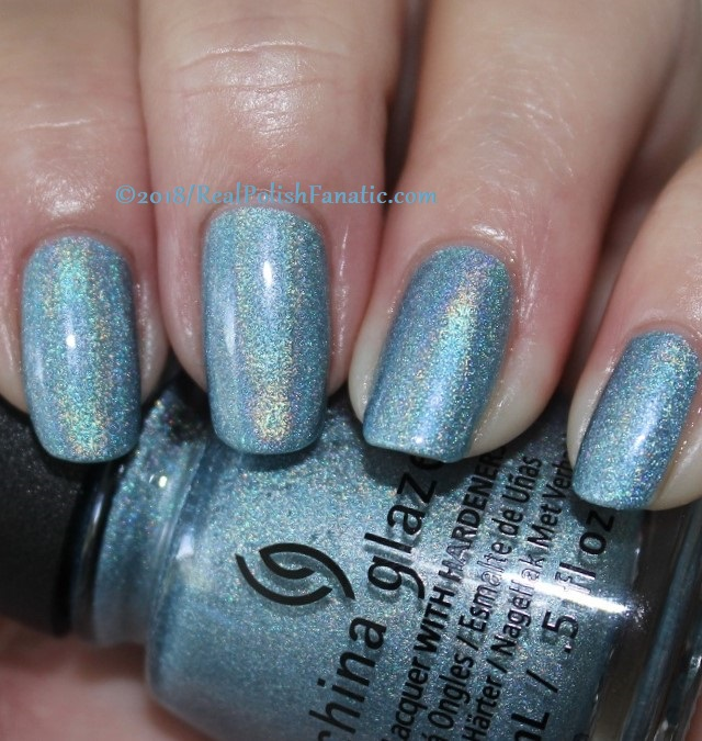 China Glaze - Ma-Holo At Me -- Summer 2018 Shades of Paradise Collection (3)