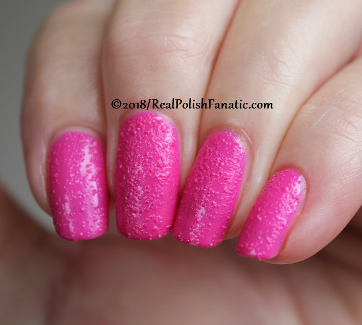 OPI - Pink Bubbly - Summer 2018 Pop Culture Collection (16)
