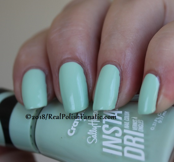 Sally Hansen - Sea Green -- Summer 2018 Crayola Collection (14)