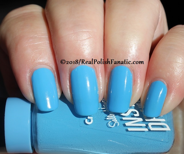 Sally Hansen - Sky Blue -- Summer 2018 Crayola Collection (10)