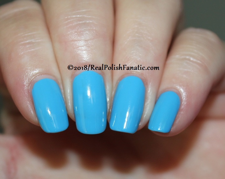 Sally Hansen - Sky Blue -- Summer 2018 Crayola Collection (2)